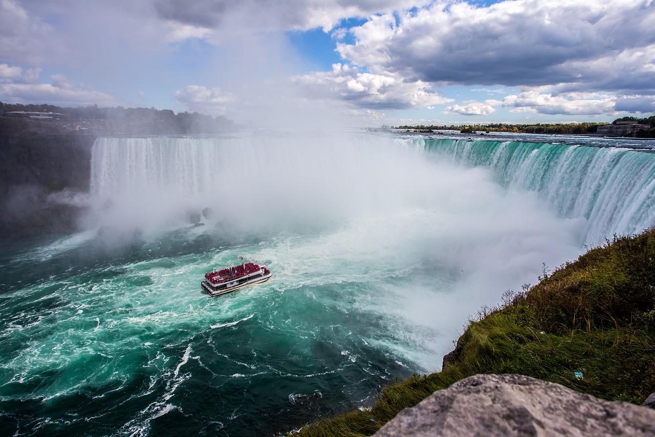 Top 5 Baby Boomer Travel Destinations Niagara Falls