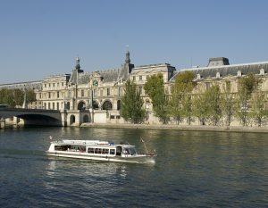 2 day in Paris itinerary seine river cruise
