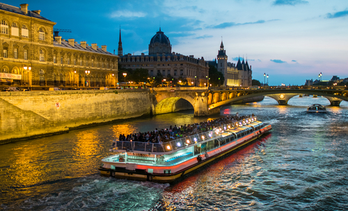 2 days in Paris sunset cruise on Seine