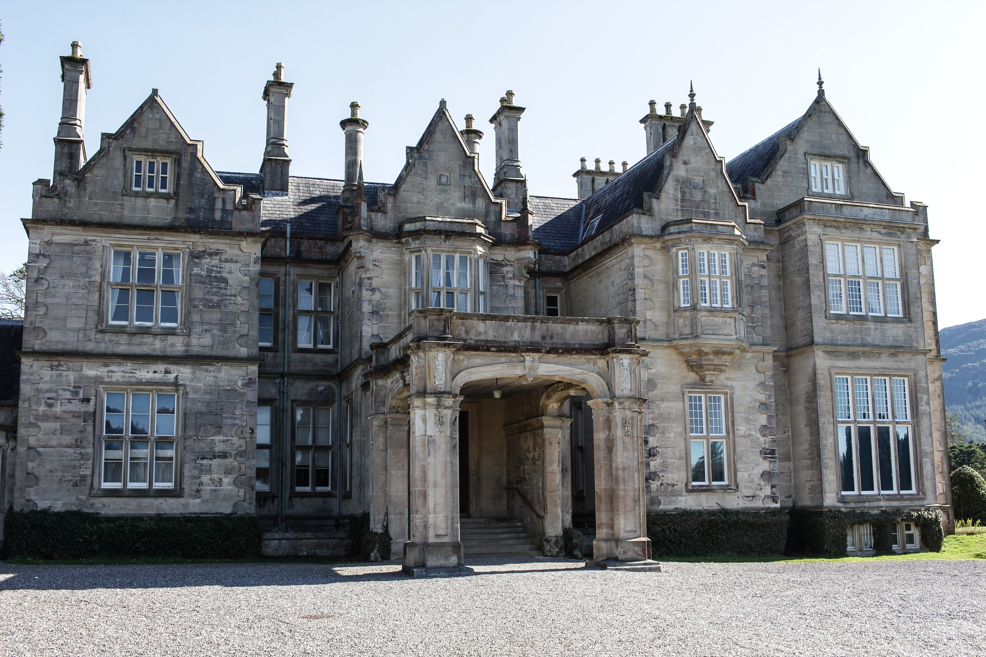 Things to do in Killarney Muckross House