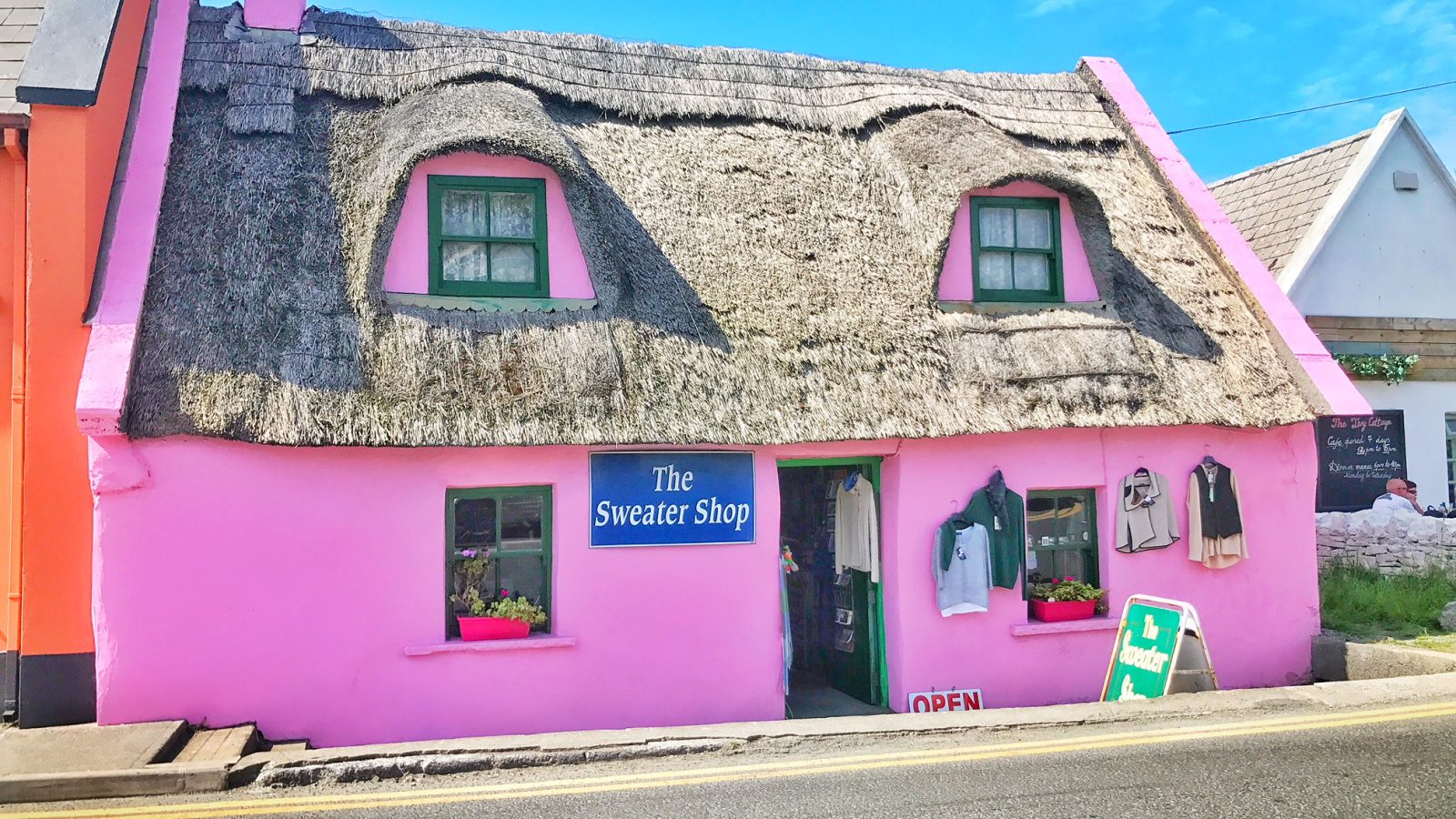 things to do in Dingle pink house 2