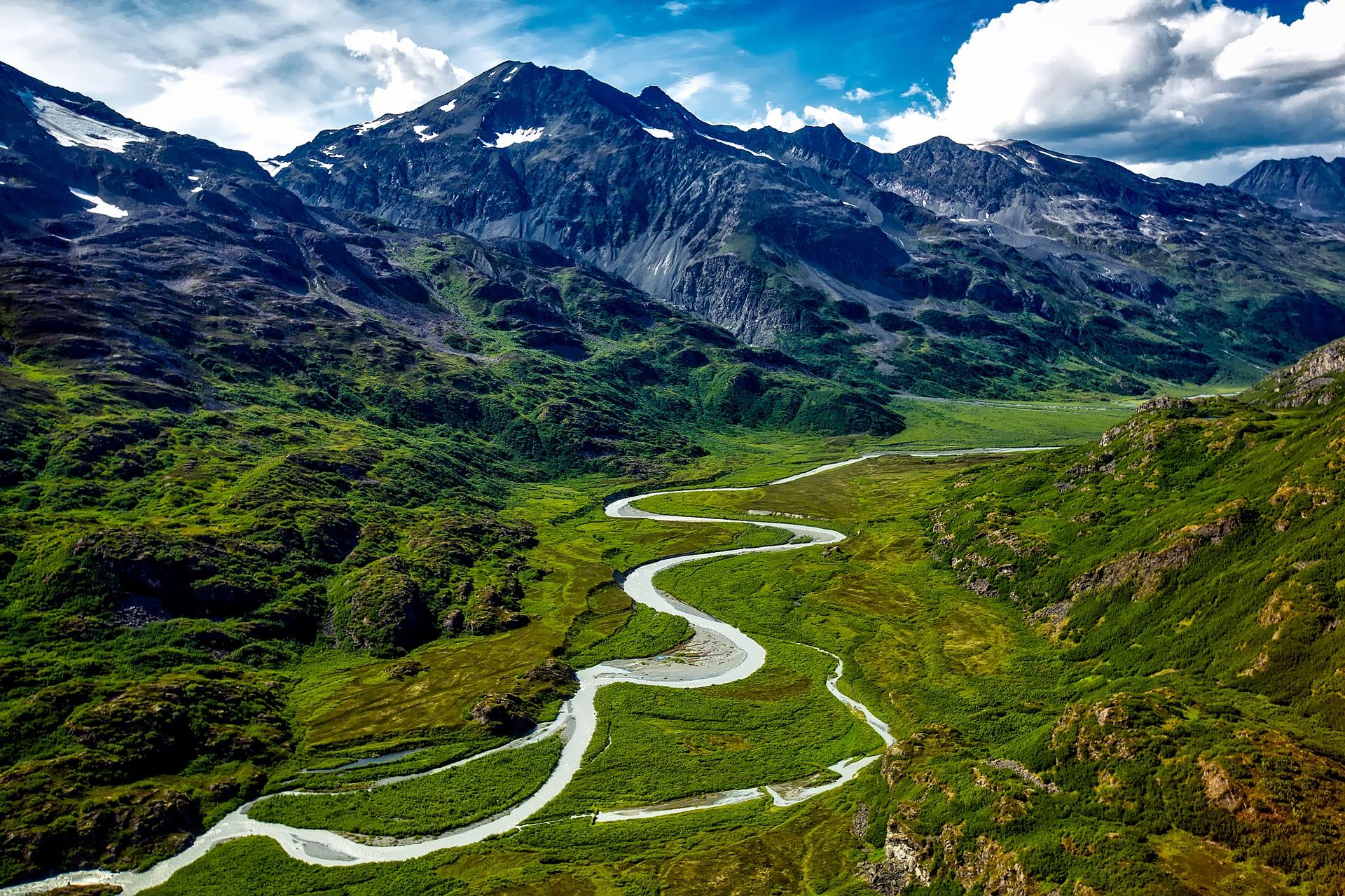 Traveling to Alaska glacier silt
