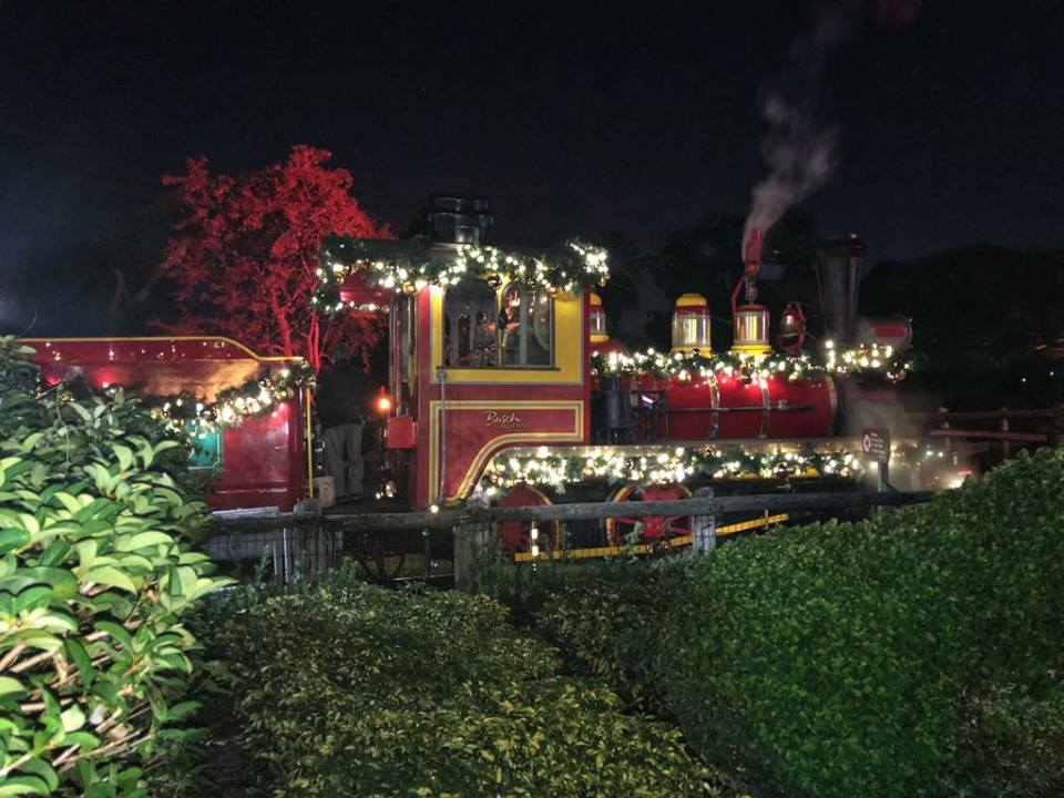 BG Christmas town train 2