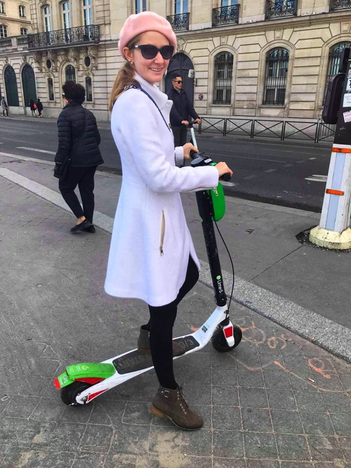 First time in Paris Victoria scooter