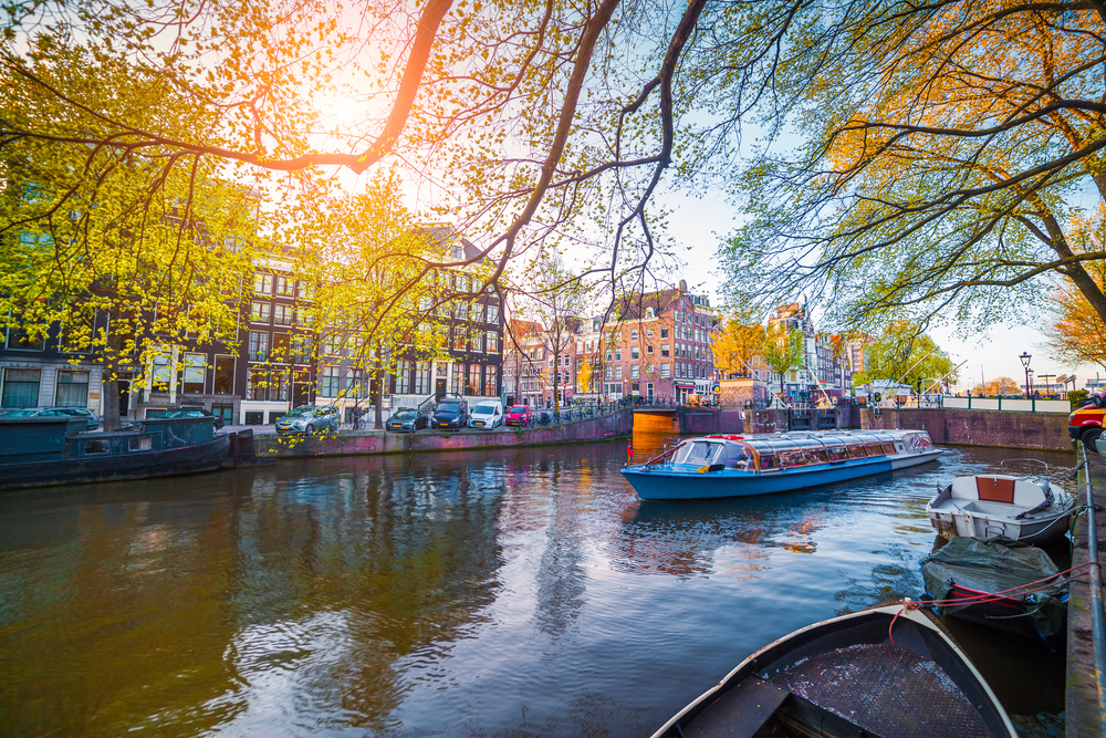 2 days in Amsterdam canal cruise