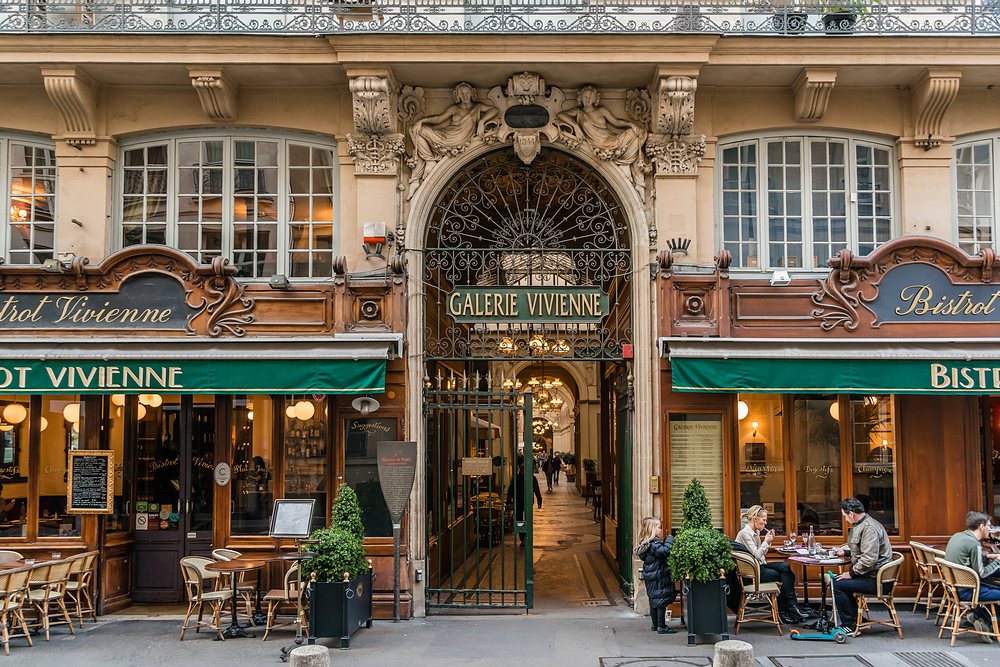 Unusual things to do in Paris shopping arcade