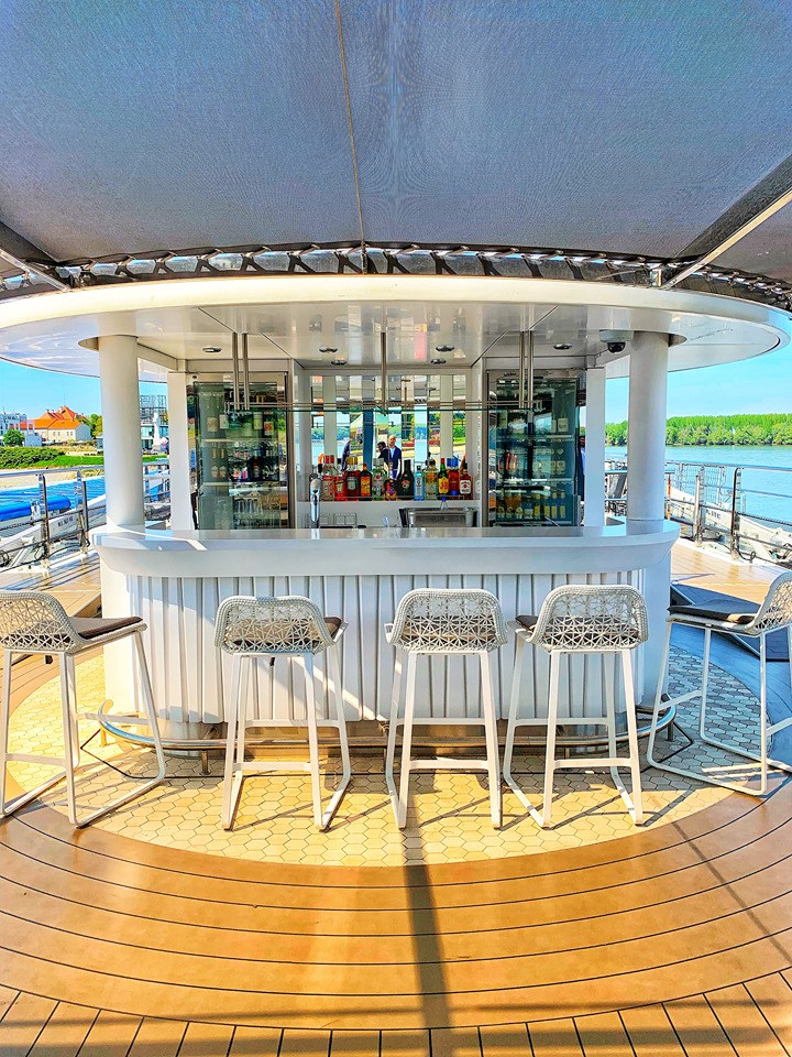 Crystal River Cruises Vista Deck Bar