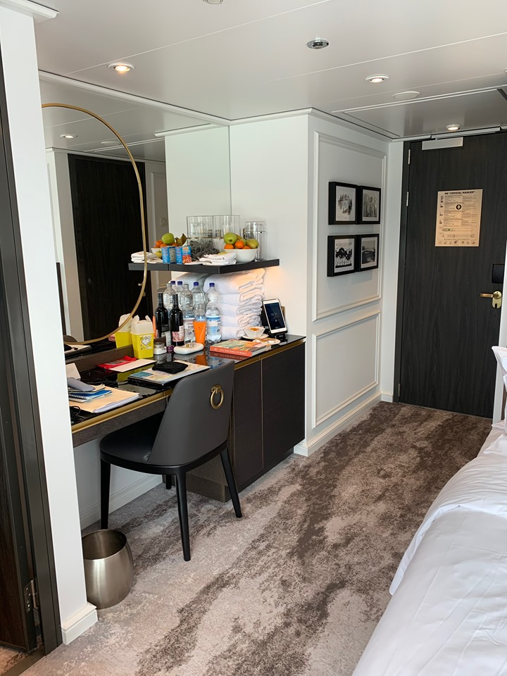 Crystal River Cruises suite work station