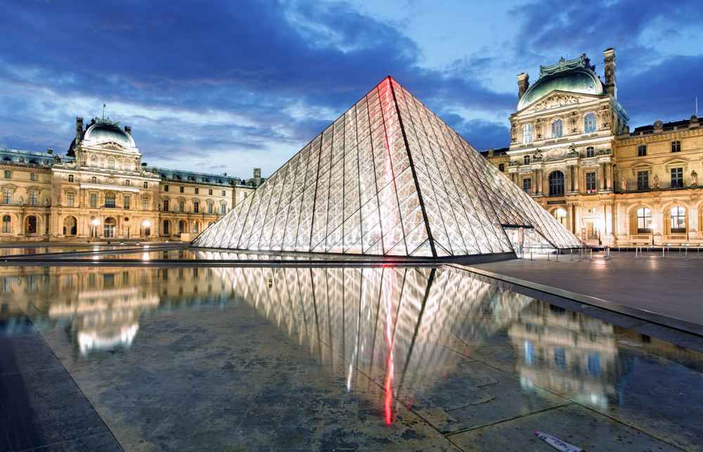 Stunning Louvre Pyramids are beautiful
