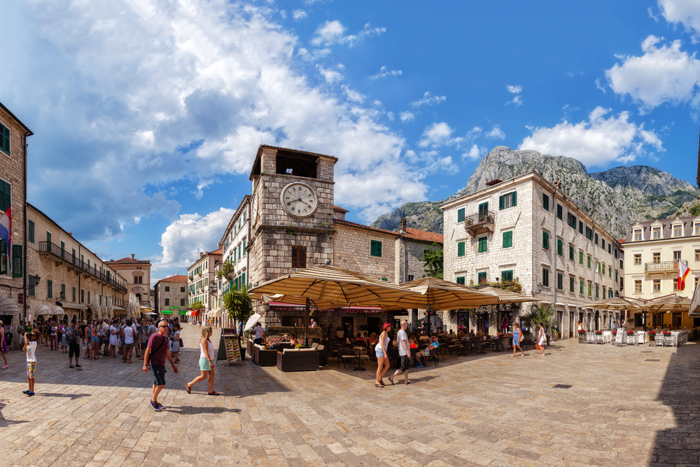 Things to do in Kotor street shopping