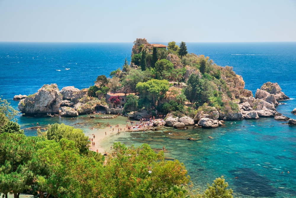 things to do in Taormina iso bella beach