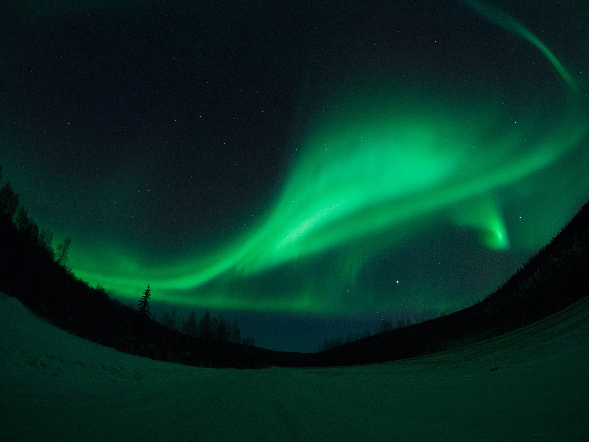 When to see the Aurora is one of the 9 things to know before visiting Alaska