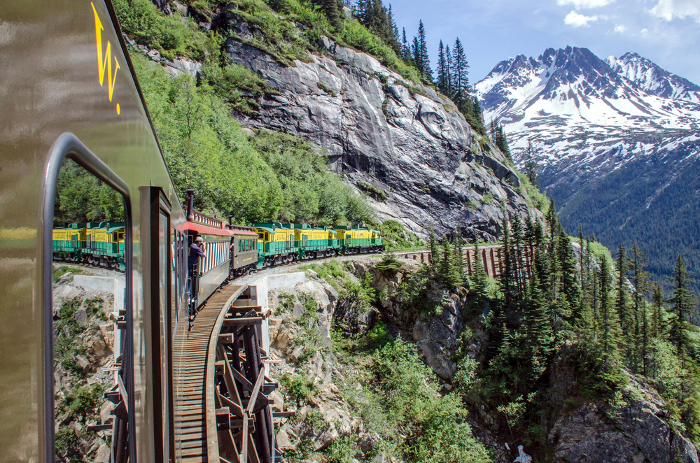 Alaska train travel is good to know about