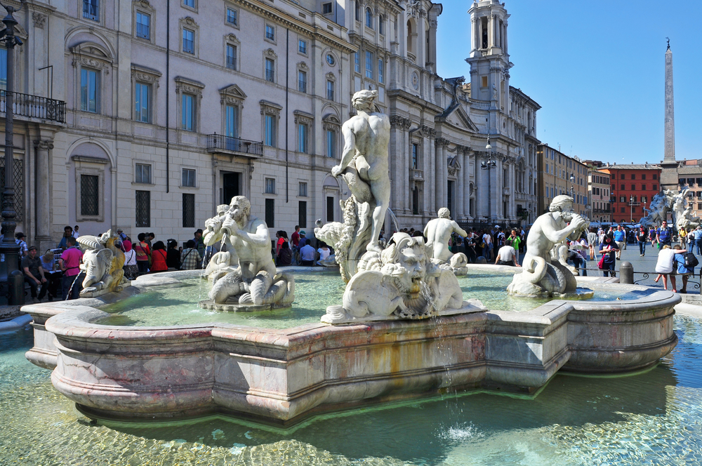 Rome in a day Piazza Navone fountain