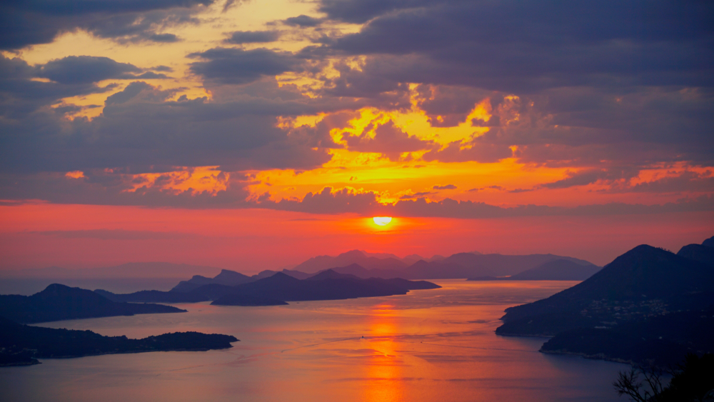 Day trips from Dubrovnik Elaphite Island sunset