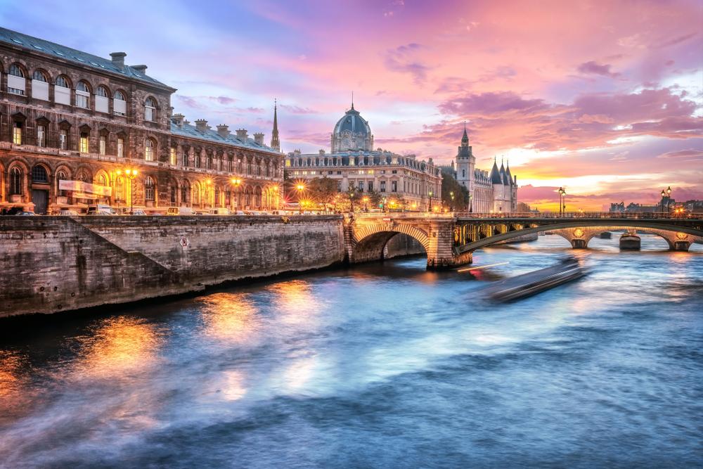 5 Days in Paris, Seine River at sunset