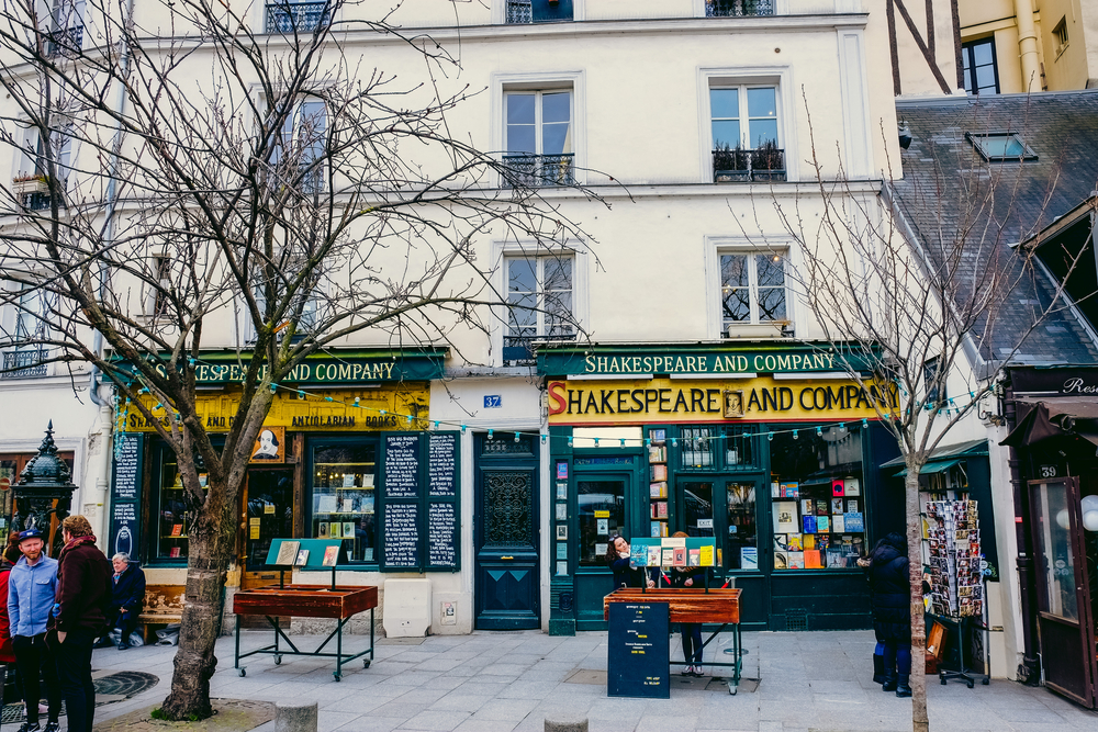 5 days in Paris Sharespeare and Company