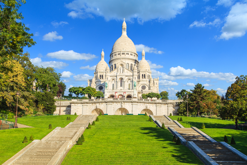 5 days in Paris Basilica in Montmartre