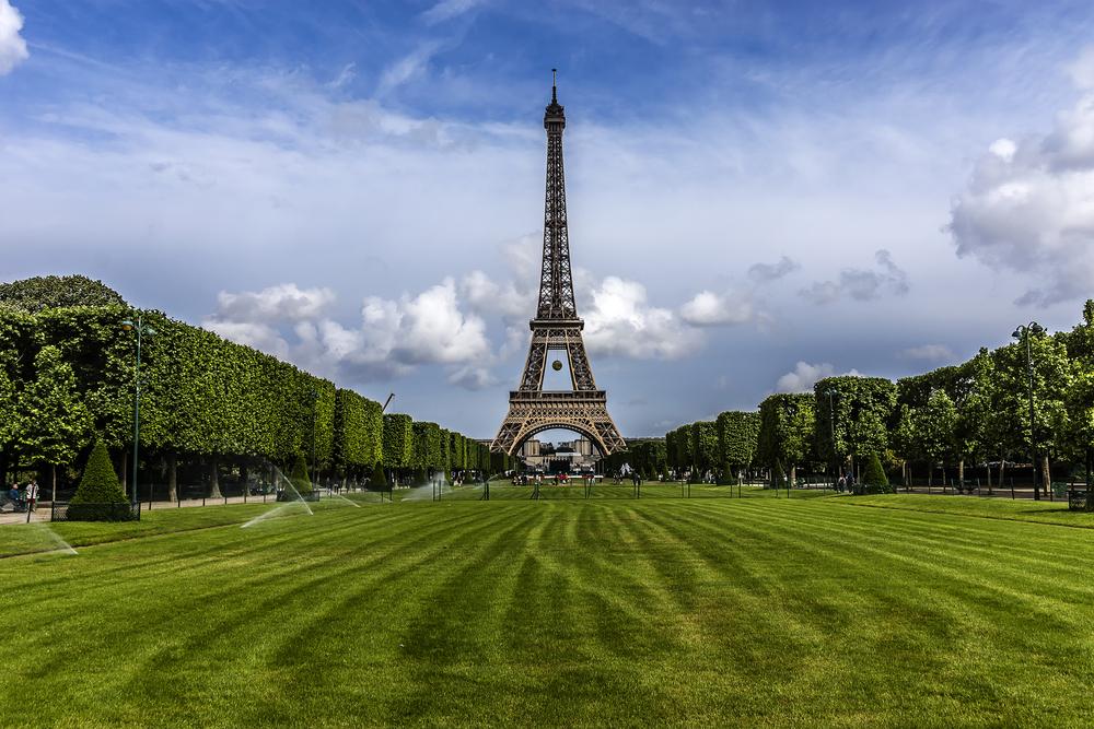 Views in Paris Champs de Mars