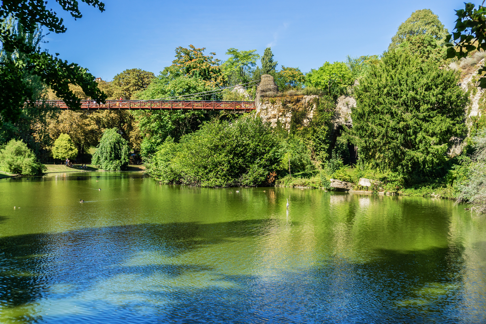 Paris gardens Buttes-Chaumont