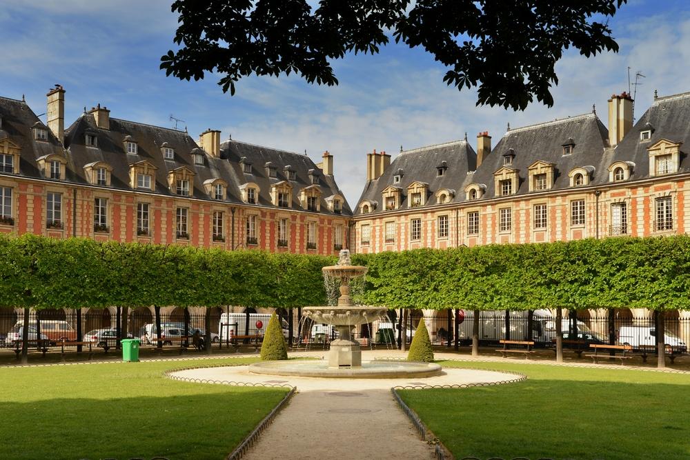 Parks in Paris Place des Vosges