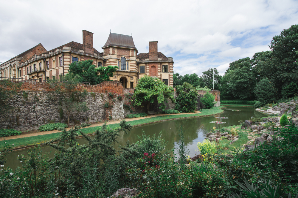 Magnificent Eltham Palace and Gardens
