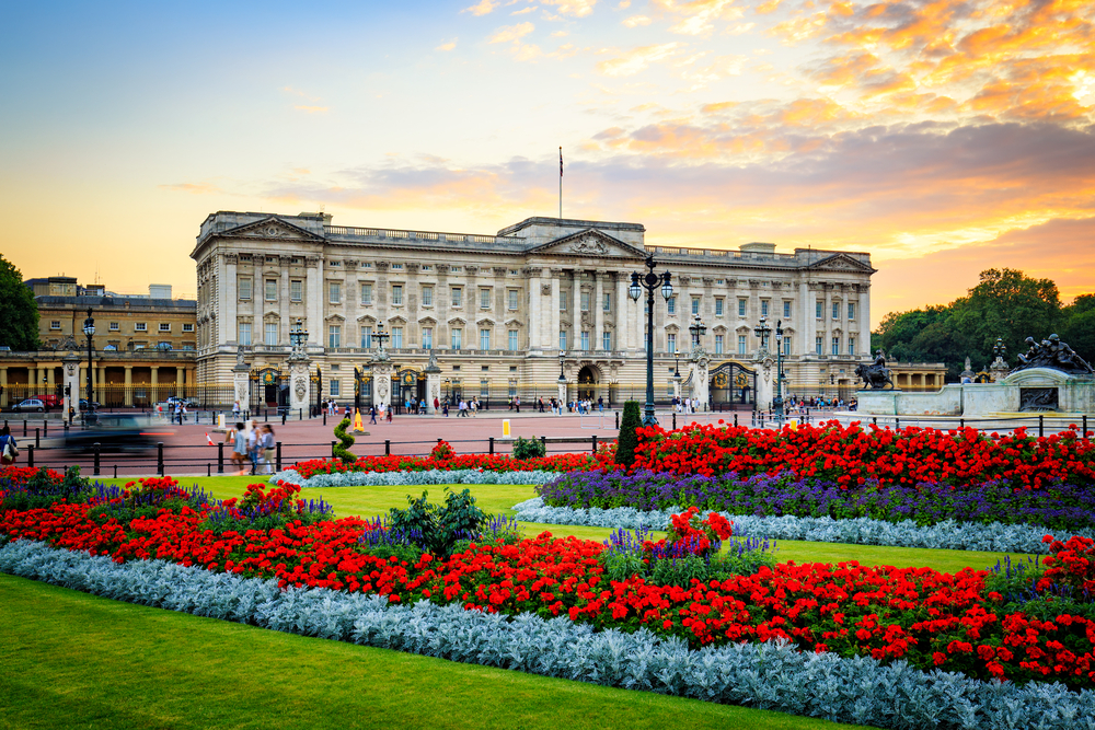 Add Buckingham Palace to your 5 days in London itinerary