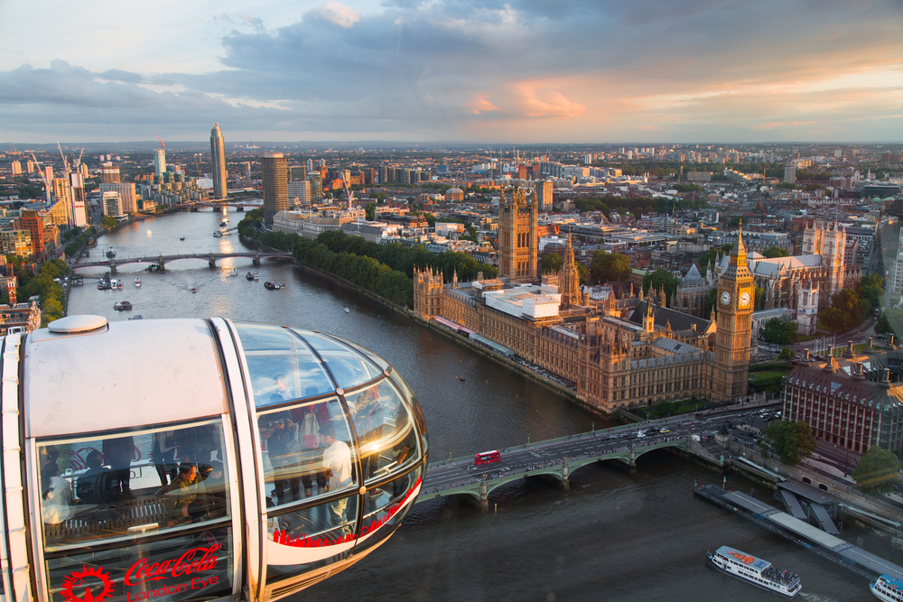 Ride the London Eye during your 5 days in London