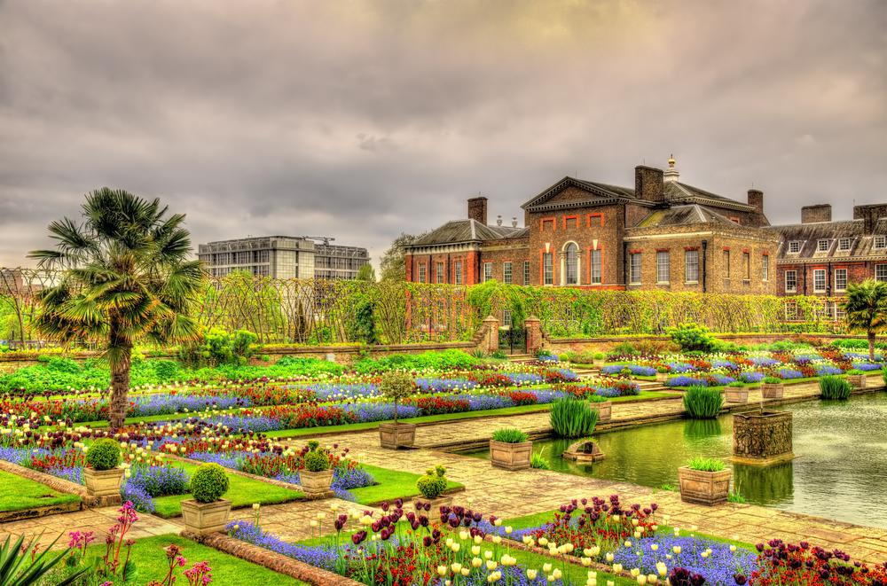 Stunning Kensington Palace and Gardens