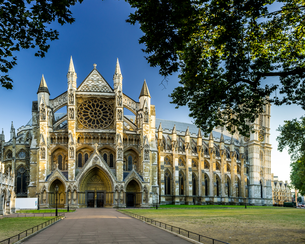During your 5 days in London plan a visit to Westminster Abbey
