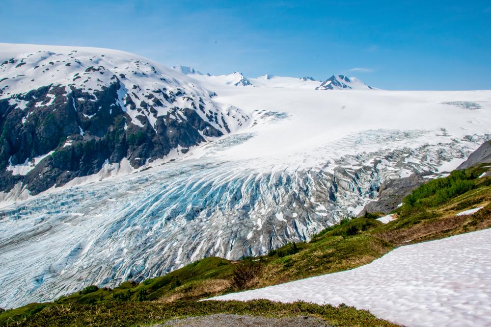 EXit Glacier Alaska overlook towards beautiful view of glacier