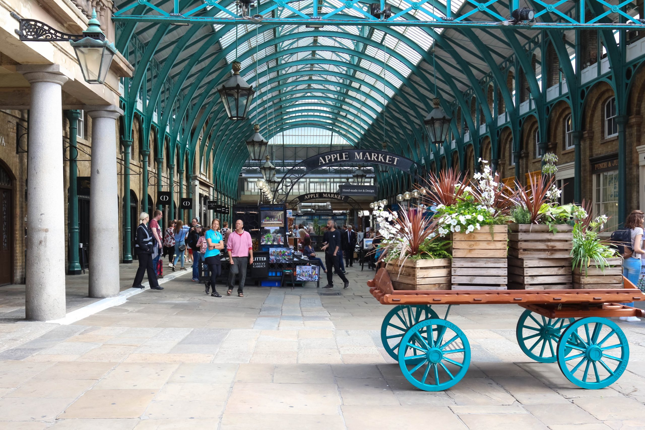 During your London Paris itinerary visit Covent Garden