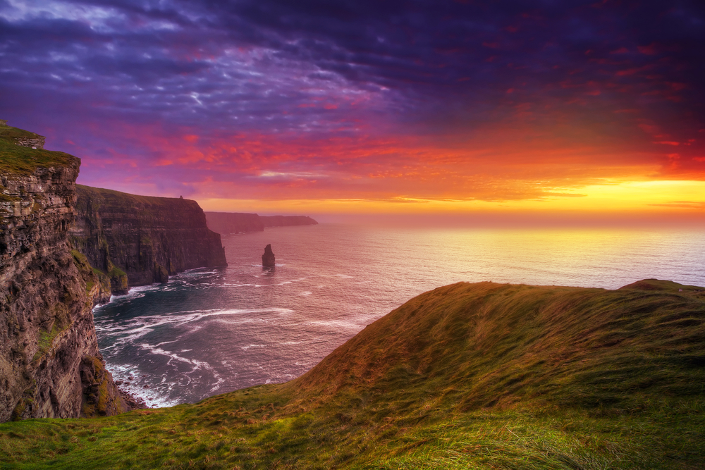 cliffs of Moher are worth seeing when traveling to ireland