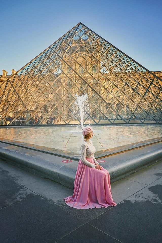 One of Paris' Instagram spots in the Louvre