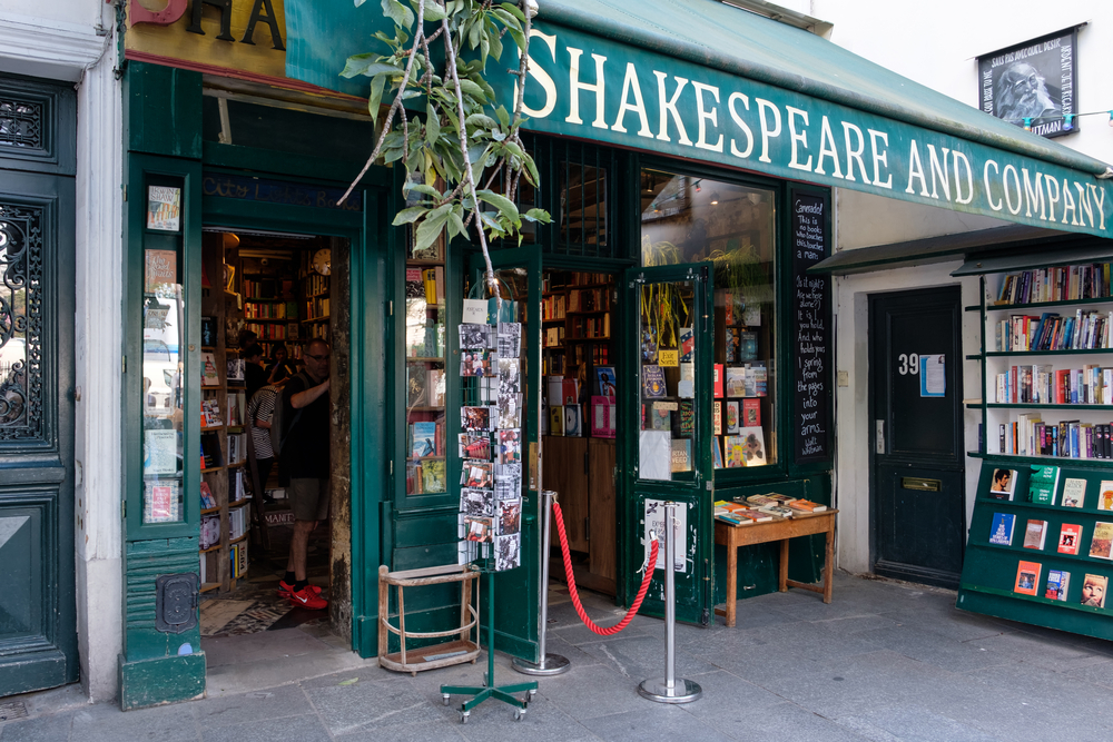 Very popular because of its location is Shakespeare and Company