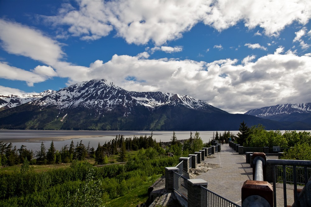 Viewing the scenery is one of the most epic things to do in Anchorage