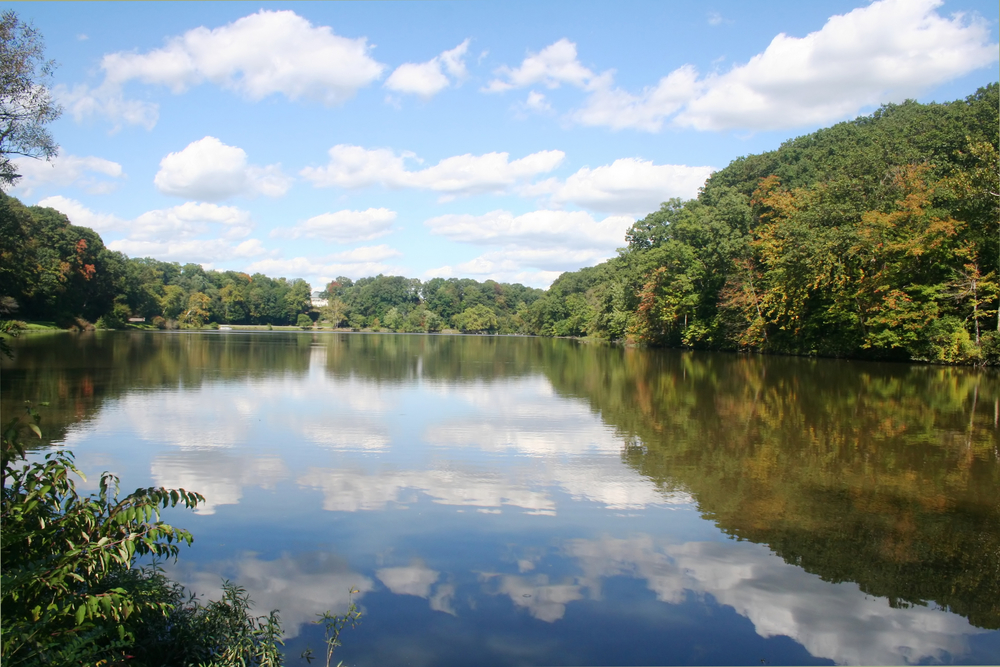 Lake Glacier in Mill Creek Park has many amenities to offer the public