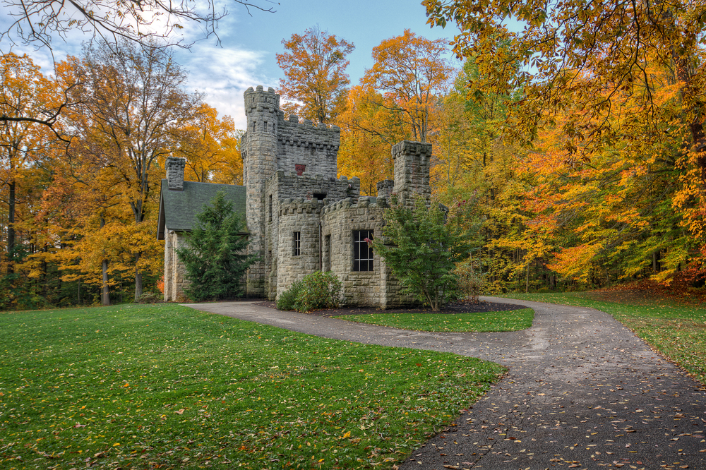 Squire's Castle near Cleveland in autumn
