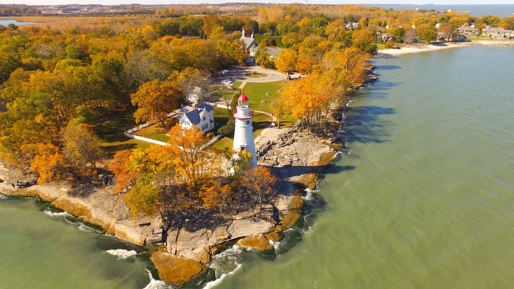 The shores of Lake Erie in Marblehead Ohio offer stunning Ohio fall foliage