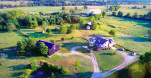 aerial view of Moonlight Meadows property with two Airbnbs in Kentucky