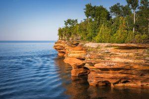 red rocks of Apostle Islands Midwest Weekend Getaways