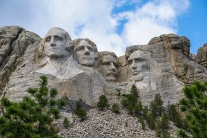 Mount Rushmore carving of four presidents