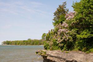 blue lake with rocky shoreline romantic getaways in Ohio