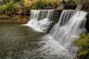 wide waterfall romantic getaways in Ohio