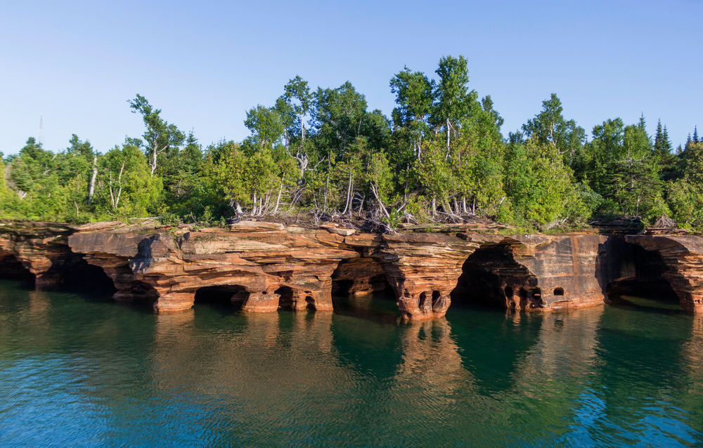 Photo of the  stunning rocky outcroppings of the Apostle Islands in Wisconsi
