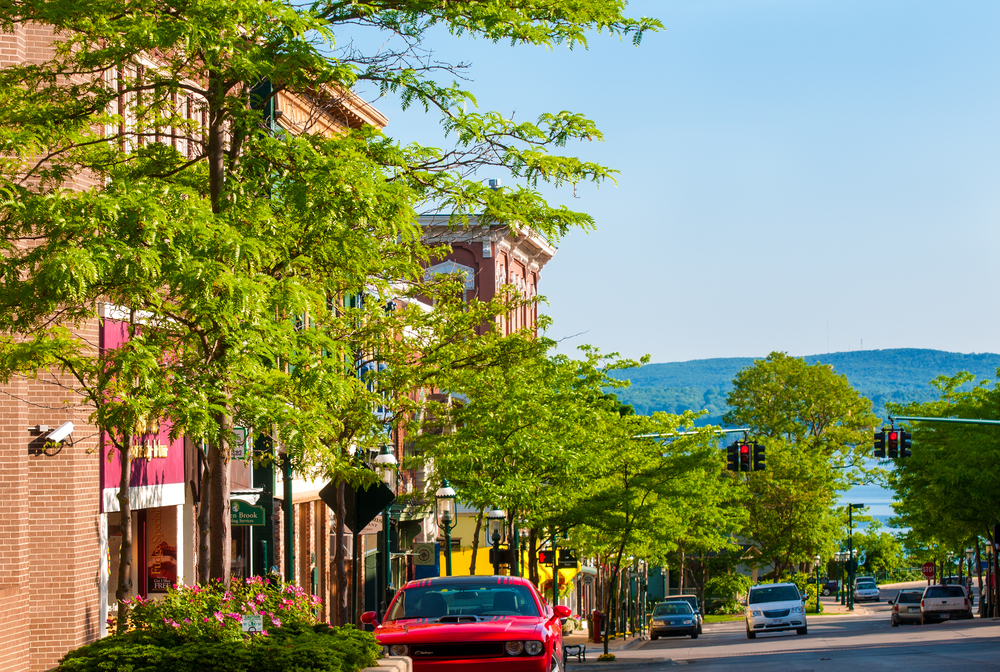 the beautiful Petoskey with a view of the mountains