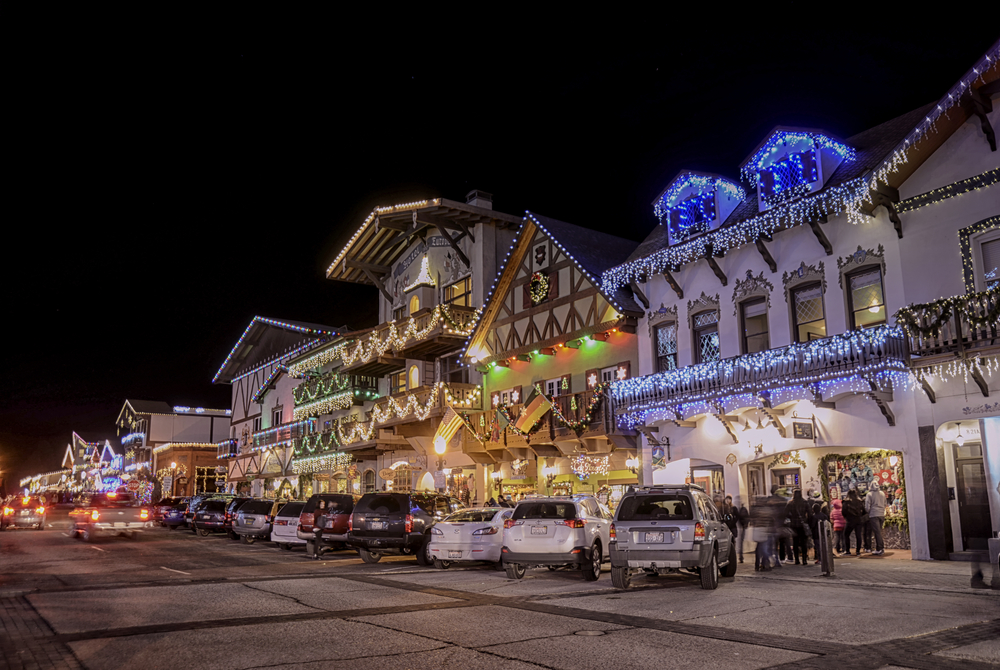 Germanic building lit up in Leavenworth one of the Christmas vacation in the USA